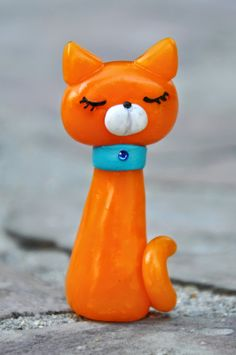 Foxy Cat - Polymer clay - Fimo Clay Art Projects, Polymer Clay Projects, Polymer Clay Creations, Polymer Clay Ornaments, Cute Polymer Clay, Crea Fimo, Clay Cats, Play Clay, Air Dry Clay