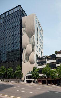 Take a grand tour of Seoul's accelerating architecture scene - Alles über Architektur und Architektur Innovative Architecture, Futuristic Architecture, Facade Architecture, Amazing Architecture, Landscape Architecture, Famous Buildings, Modern Buildings, Grand Tour, Seoul Wallpaper