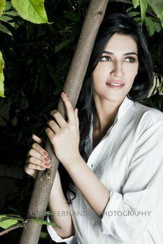 Kriti Sanon Hot Stills