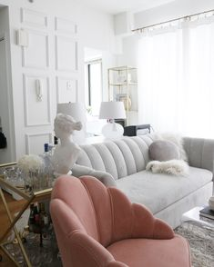 Holen Sie sich den Look Archives – City Chic Decor - retro chic Rental Decorating, Small Apartment Decorating, Hallway Decorating, Decorating Ideas, Decor Ideas, Diy Ideas, Interior Decorating, Apartment Chic, Apartment Therapy