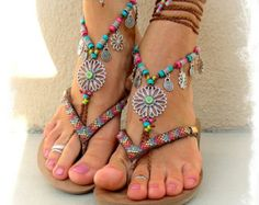 SUNFLOWER BAREFOOT Sandals Hippie FESTIVAL wrap sandal Toe Thongs bare feet Statement foot accessory toe anklet crochet foot jewelry GPyoga  #accessories  #jewelry  @hpman