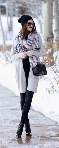 fashion forward - pink peonies #fashionblogger #fashion #style #outfit