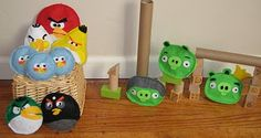 My son's birthday is coming up and he is obsessed with the game Angry Birds on the iPod. I took it to a whole new level and made an Angry B. Red Angry Bird, Angry Birds, Market Day Ideas, Bean Bag Games, My Son Birthday, Yoshi, Christmas Time, Crafts For Kids, Kids Rugs