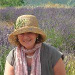 Suzanne Le Quesne   Essential Oil Practitioner & Trainer  -   CARE Seminars & Classes Europe