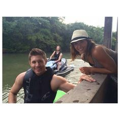 Jensen with Danneel and Jared