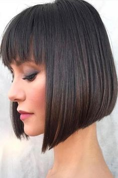 Fresh Haircut Styles For Your New Look The world of haircut styles for women is huge, so we decided to navigate you a little bit in your journey of looking for a perfect cut for yourself. Classic Bob Haircut, Line Bob Haircut, Fringe Haircut, Bob Haircut With Bangs, A Line Bob With Bangs, Bob Bangs, Short Bob With Fringe, Haircut Styles For Women, Bob Haircuts For Women