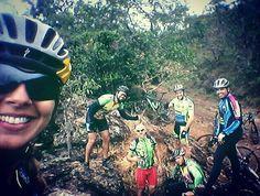 No Morro Feio Seriemas sendo Seriemas! @seriemapedal #seriemapedal #morrofeio #morro #trilha #mtb #bike #mountainbike #mtblife by larissadanielly http://ift.tt/1TCMqhw
