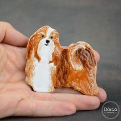 Hawańczyk .Przypinka do numeru startowego. Ceramika. Havanese. Badge for starting number. Ceramics. #polandhandmade #polandhandmade.pl #ceramika #dorca #ceramics #dog