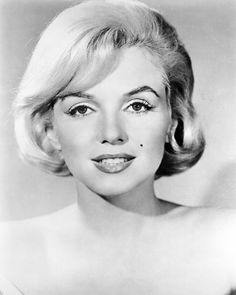 Marilyn Monroe and the Camera. Обсуждение на LiveInternet - Российский Сервис Онлайн-Дневников