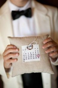 Cute ringbearer pillow...i think its okay if i use this to decorate my craft room... 12pillow means 12months... hihihi =D