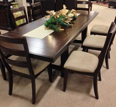 Larchmont Dining Room Table The Collection Brings A Classic Beauty To Decor Of Any Experience Extra Large Ben