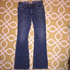 """Paige jeans sz 27 """"Hollywood Hills"""" Inseam 34"""" not much stretch 98% cotton 2% spandex. In very good condition Paige Jeans Jeans Flare & Wide Leg"""