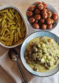 Blanquette de veau a l'ancienne #SundaySupper #CookforJulia - kimchi MOM ™ http://www.kimchimom.com/2012/08/blanquette-de-veau-a-lancienne-sundaysupper-cookforjulia/