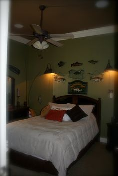 Boys Bedroom - I like the contrast of colors between the ceiling and the wall