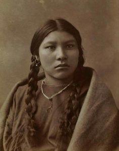 Crow girl - circa 1885
