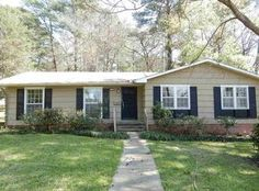 View 33 photos of this 3 bed, 2.0 bath, 1801 sqft Single Family that sold on 7/15/16. Lovely 3 bedroom and 2 bath home! Hardwood floors in living area a...