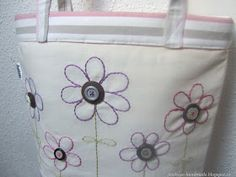 Ježikůže HandMade: Velká jarní taška - návod Diaper Bag, Sewing, Handmade, Tote Bags, Scrappy Quilts, Dressmaking, Hand Made, Couture, Diaper Bags