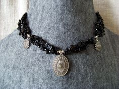 Moonshine necklace. Black onyx and silver.
