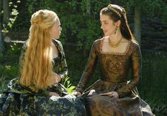 Reign, season , episode 2, A grain of deception. Queen Mary and Greer.
