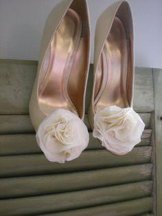 silk shoe clip
