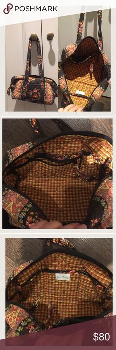 Vera Bradley shoulder carry all Discontinued pattern, rare, perfect condition, no stains or loose threads. OFFERS OPEN. Vera Bradley Bags Mini Bags