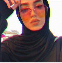 Modest Fashion Hijab, Casual Hijab Outfit, Muslim Fashion, Ootd Hijab, Arab Girls, Muslim Girls, Muslim Women, Street Hijab, Simple Hijab