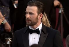 "fandemoniumnetwork: "" Chris Evans on the Oscars Red Carpet 2016"""