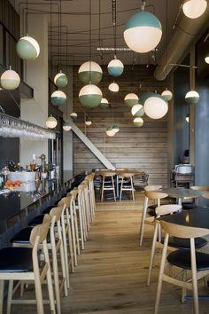 Valencia restaurant Al Tun Tún has the wow factor thanks to an interactive central kitchen... http://www.we-heart.com/2015/03/02/al-tun-tun-valencia/