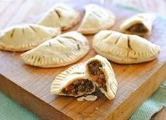 Mini stout pies http://www.tablespoon.com/recipes/mini-stout-pies/c772df26-6b98-4d7e-b84b-dddd75a0d418