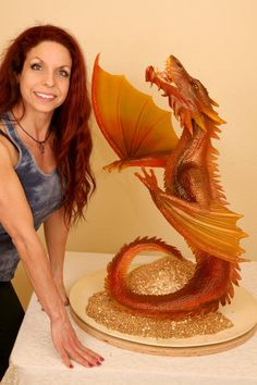 The Desolation of Smaug Dragon Cake - cake by Cakes ROCK! Crazy Cakes, Gorgeous Cakes, Amazing Cakes, Amazing Deserts, Game Of Thrones Cake, Dragon Wedding, Camo Wedding Cakes, Cake Show, Fantasy Cake