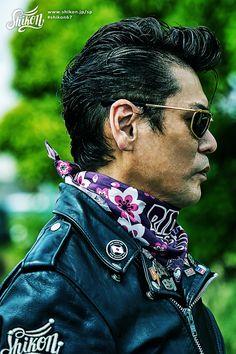 "Shikon original bandana was designed featuring Shikon's character ""Kana"" #rock #ロック #bandana #バンダナ #rck'nroll #ロックンロール #mask #マスク #rockandroll #ロカビリー #neckerchief #ネッカチーフ #rockabilly #バイク #shikon67 #motorcycle #オートバイ #bike #カフェレーサー #caferacer #ビンテージ #vintage #rockabella Bandana Styles, Greaser, Jon Snow, Rockers, Pin Badges, Sunglasses, The Originals, Live, Boys"