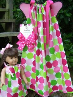 Aww cute! This pillowcase dress also has one for the doll! What a great idea!!!