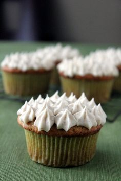 Banana cupcakes with honey cinnamon buttercream - These are in the top 5 best cupcakes I've ever had!
