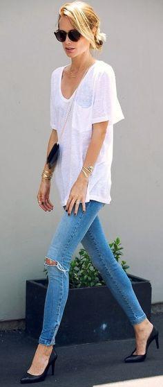White Basic Tee by Le Fashion