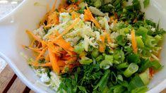 Κολοκυθοκεφτέδες φανταστικοί και μυρωδάτοι !!!! ~ ΜΑΓΕΙΡΙΚΗ ΚΑΙ ΣΥΝΤΑΓΕΣ Seaweed Salad, Lettuce, Cabbage, Vegetables, Ethnic Recipes, Food, Essen, Cabbages, Vegetable Recipes