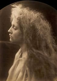 The Angel at the Tomb - Julia Margaret Cameron