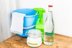 Keep the newly remodeled kitchen and bath from Amanzi clean with vinegar