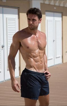 """These days, """"clean eating"""" is nearly synonymous with being lean, muscular, and healthy. It shouldn't be though, and here's why..."""