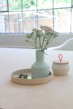 Vasen - Porzellan Vase NØRRE - ein Designerstück von KULOER bei DaWanda