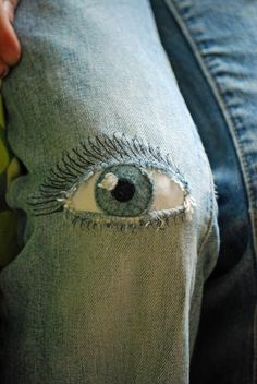 Most up-to-date Photographs Pants Monster in girls pants near Siebenschön . Ideas I love Jeans ! And a lot more I want to sew my own personal Jeans. Next Jeans Sew Along I am plann Source by sewingyourownjeans Sewing Hacks, Sewing Crafts, Sewing Projects, Visible Mending, Denim Art, Patchwork Jeans, Denim Ideas, Recycle Jeans, Recycled Denim