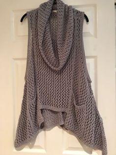 Alembika Tunic Top Sz L Gray Crochet Knit Sweater Cowl Vest Lagenlook Hi-Low