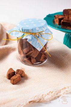que tal fazer esse fudge de nutella para dar de presente para seus amigos? super cremoso e mega fácil de fazer!