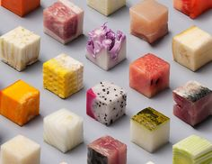 Lernert & Sander - Cubes: meticulously cut cubes of unprocessed food, ranging from raw tuna to dragon fruit [x] Food Design, Design Art, Decoration Restaurant, Unprocessed Food, Everyday Food, Food Items, Food Presentation, Raw Food Recipes, Food Styling