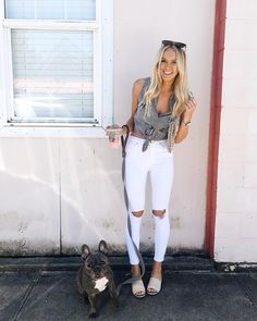 Frenchie / french bulldog / raelynns boutique top / spring style / summer style / fashion blogger / tie top / @karlierae