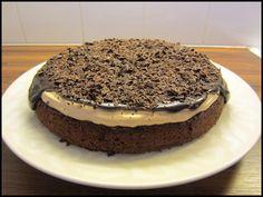 Herkkuja leipomassa: Mutakakku Suklaa Baileys kermalla/ Mud Cake With C...