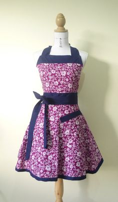 Cute Retro Sweetheart Apron - Purple with White Flowers and Navy Trim Reversible