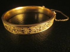 Antique-Victorian-Simmons-Betsy-Ross-Gold-Filled-Etched-Taille-D-Epargne-Bangle