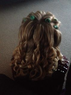 My friends first roller set! Full Hair, Big Hair, Roller Set, Hair Roller, Wet Set, Hair Setting, That One Friend, Curlers, Vintage Glamour