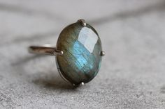 https://www.etsy.com/ca/listing/203436607/18k-white-gold-labradorite-ring-natural