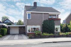 http://www.funda.nl/koop/verkocht/oldenzaal/huis-48124552-denekamperstraat-34/fotos/
